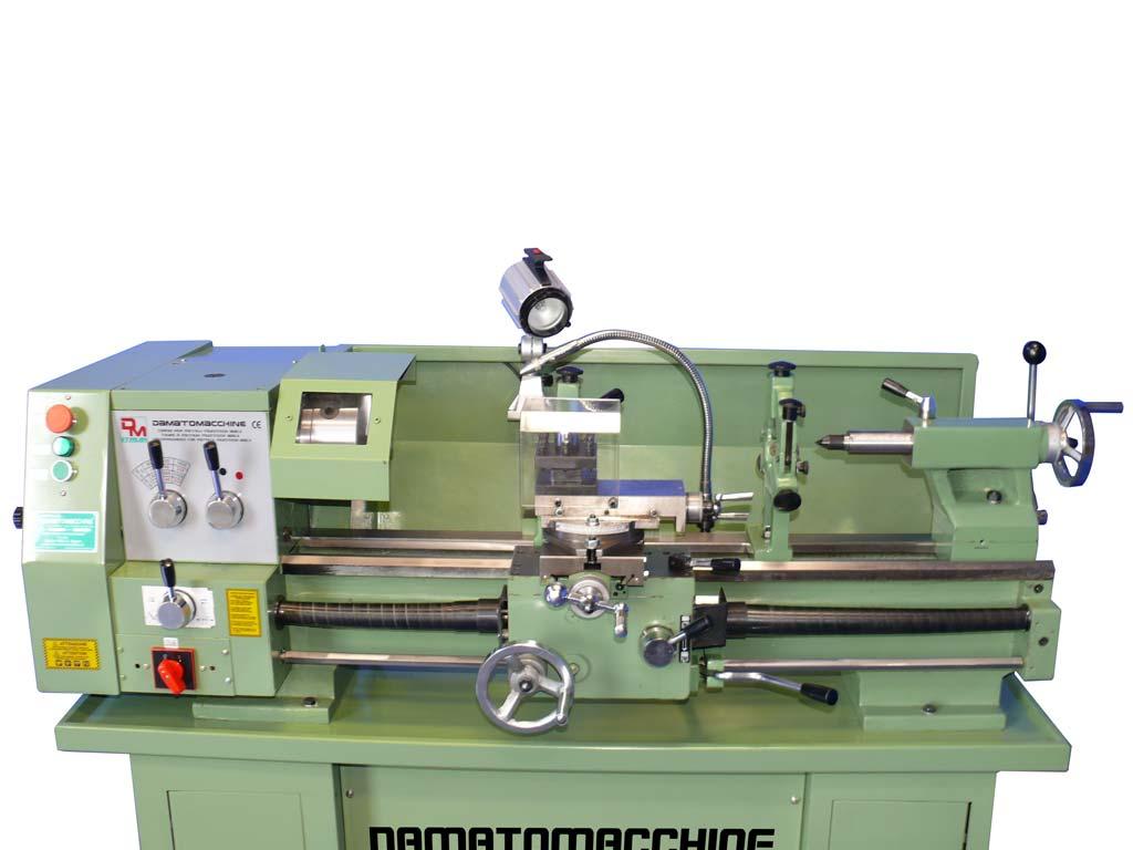 Tornio da banco Semi Professionale modello Multitech 800 di Damatomacchine