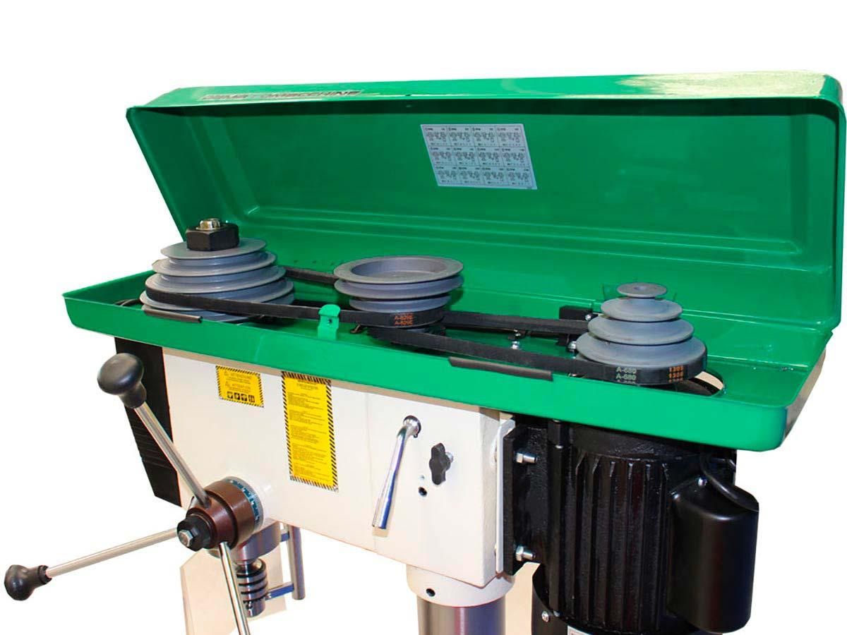 Professional drilling machine with belt drive DMTC4132