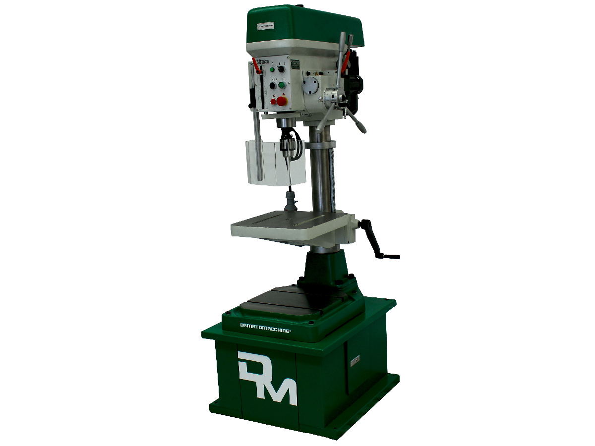 Column drill with integrated automatic milling machine having a maximum drilling capacity of 3.2 mm and a 1.5kW motor