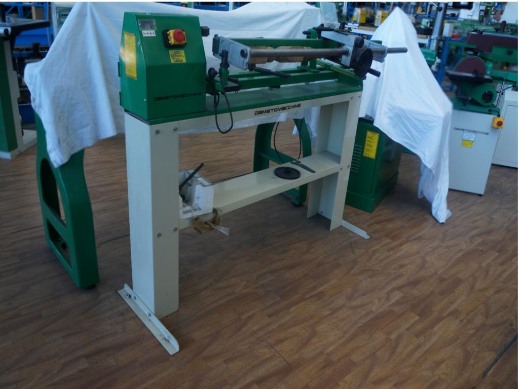 Macchine utensili per legno usate di damatomacchine dm for Tornio per legno con copiatore usato