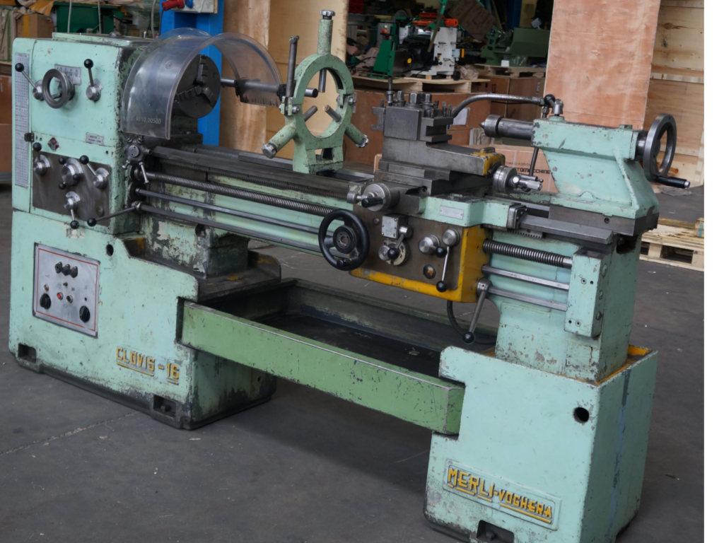 Torni e macchinari usati per lavorare i metalli di for Piccolo tornio per metalli usato