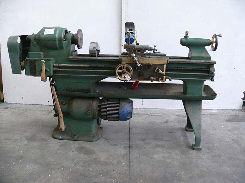 Tornio per metalli usato  a cinghie 220 W