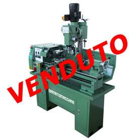 Tornio professionale utilizzato unicamente in esposizione for Piccolo tornio per metalli usato